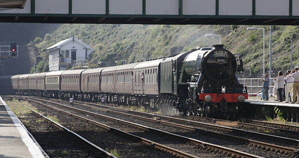 Flying Scotsman arriving at bangor station 15th June 2016