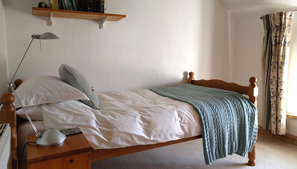 Front single bedroom looking towards the window