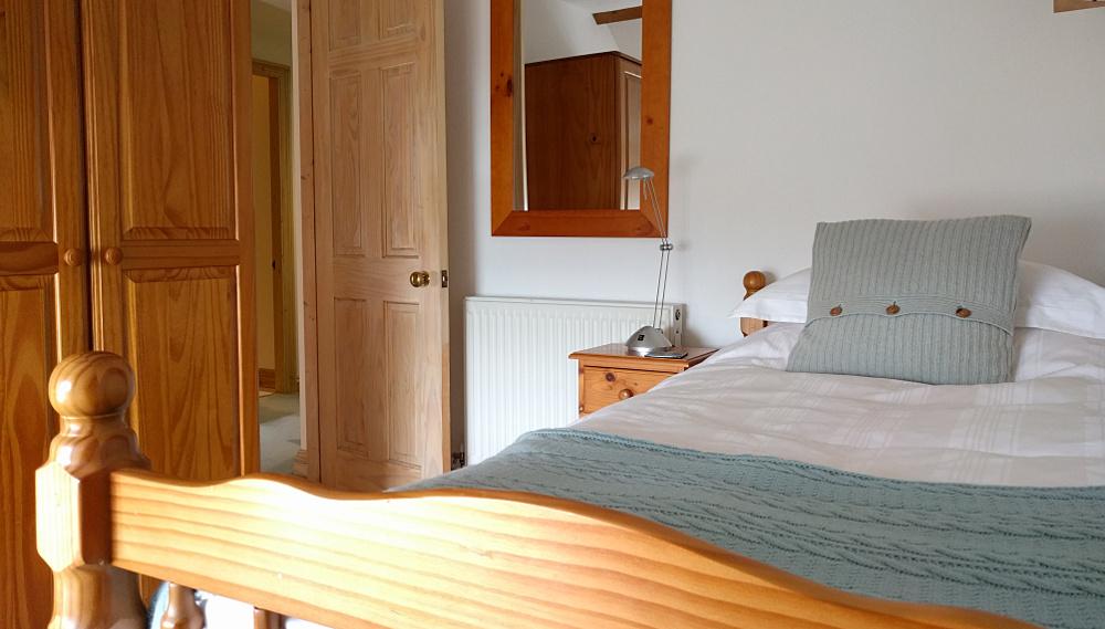 Front single bedroom looking towards landing