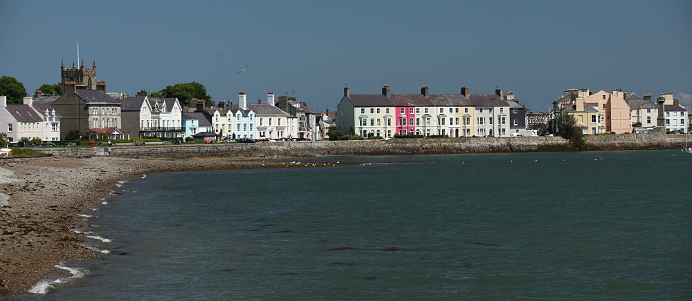 Beaumaris shoreline entering from the Menai Bridge (West End)